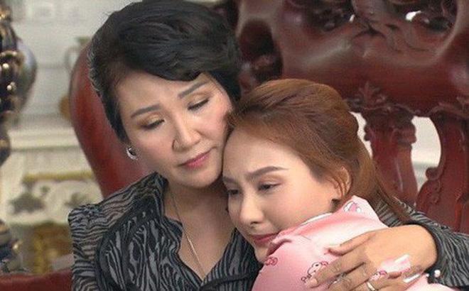 Nghệ sĩ Ngân Quỳnh tiết lộ cảnh quay xúc động nhất Về Nhà Đi Con: 'Tôi chạy theo xe taxi mà òa khóc'