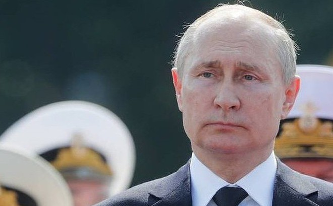 """Tổng thống Putin tuyên bố xây dựng hải quân Nga """"độc nhất vô nhị"""", đánh bại mọi kẻ xâm lược"""