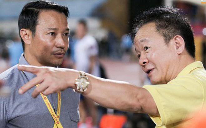 """Bầu Hiển của Hà Nội FC xuống động viên CLB Quảng Nam giữa cuộc chiến trụ hạng và tin đồn """"một ông chủ nhiều đội bóng"""""""