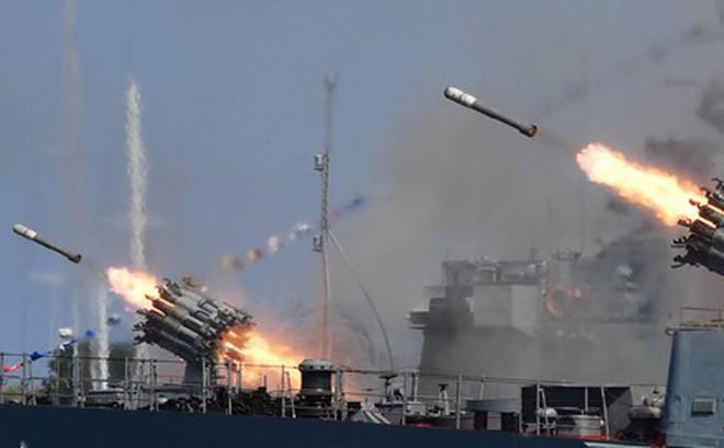 Nga phô diễn sức mạnh kỷ niệm ngày Hải quân