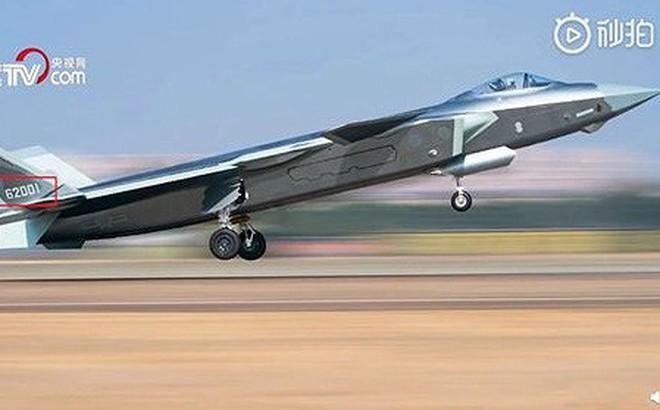 Trung Quốc nay mới đưa tiêm kích J-20 vào trực chiến?