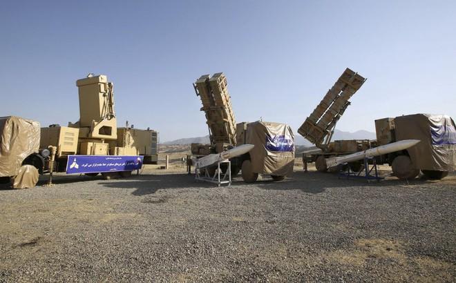 """Iran tuyên bố sở hữu radar có thể """"lột áo tàng hình"""" mọi chiến đấu cơ Mỹ"""