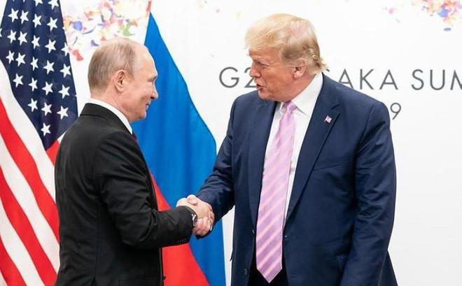 Tổng thống Trump bất ngờ có động thái 'lạ' với Nga