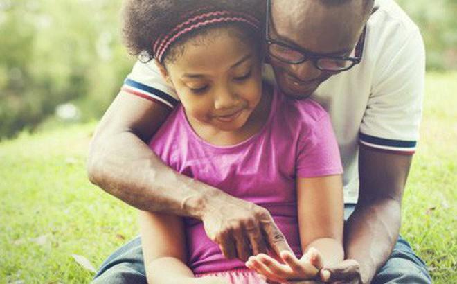 Dành nhiều năm tìm hiểu về các triệu phú, nhà nghiên cứu chỉ ra 10 cách giúp nuôi dạy con trở thành người giàu có: Cha mẹ nào cũng cần phải thử!