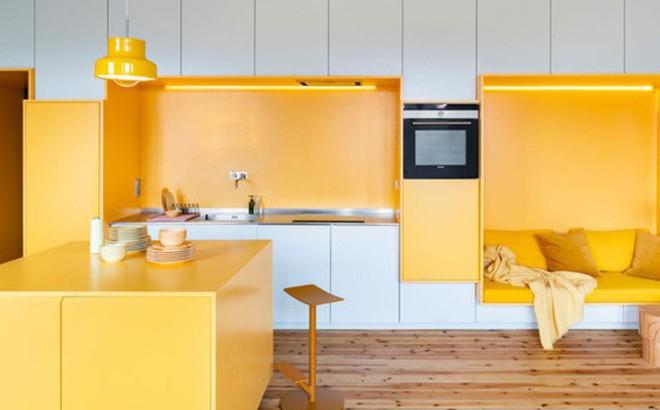 Bên trong căn hộ màu vàng xinh xắn