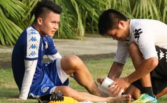 Quang Hải va chạm cực gắt với Duy Mạnh, bỏ dở buổi tập của Hà Nội FC chiều 06/08