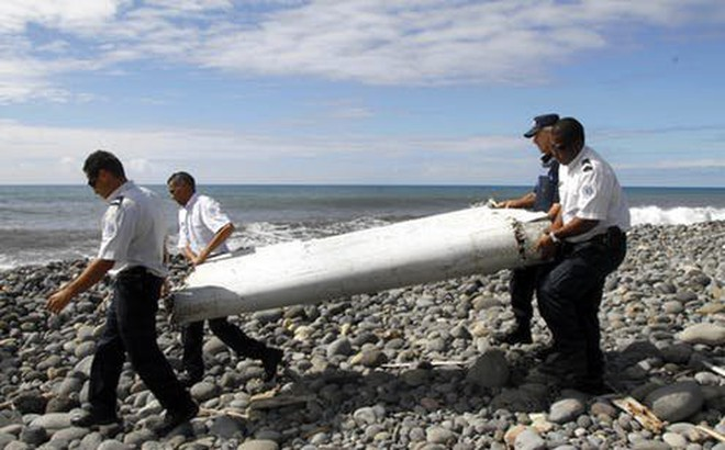 """Bí ẩn sự mất tích của MH370: Mảnh vỡ máy bay hé lộ điều """"khủng khiếp"""" và dấu vết tìm manh mối"""