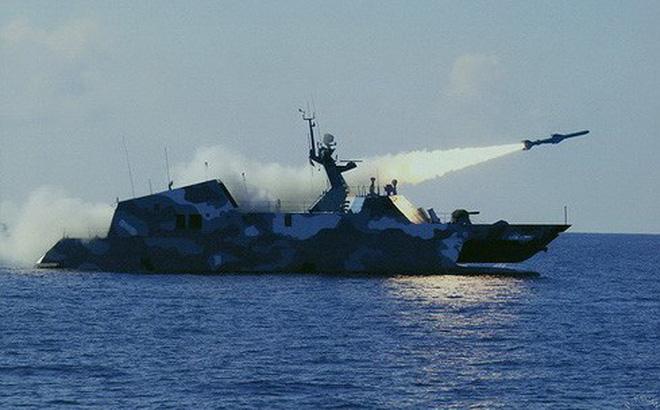 [ẢNH] Trung Quốc gây bất ngờ khi sớm loại biên tàu tên lửa tàng hình Type 022