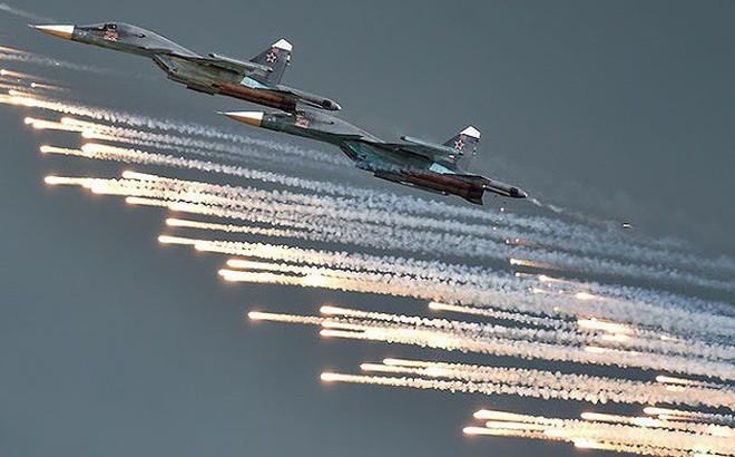 Máy bay Nga thị uy sức mạnh tại Aviadarts - 2019