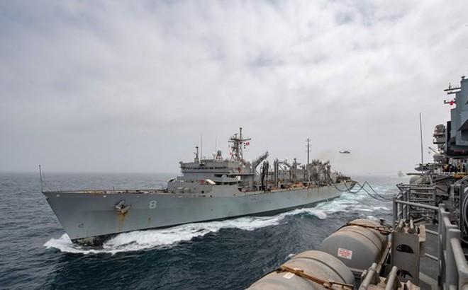 """Chỉ huy Iran tuyên bố Mỹ đang """"rút tàu chiến"""" khỏi Vùng Vịnh?"""
