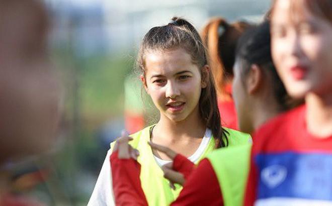 Bộ đôi cầu thủ Việt kiều toả sáng trong buổi tập cùng U19 Việt Nam