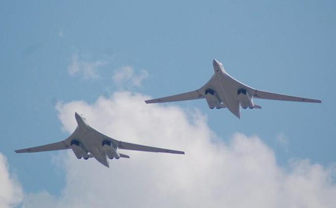 Máy bay Tu-160 của Nga trở về căn cứ sau cuộc diễn tập gần Alaska