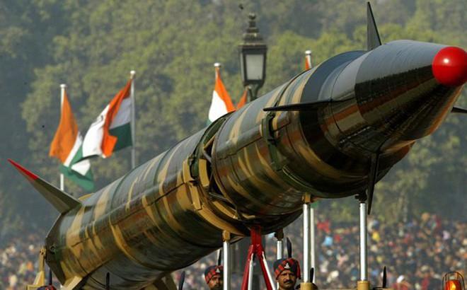 """Ấn Độ cam kết không dùng vũ khí hạt nhân trước tiên, song sẵn sàng """"lật mặt"""""""