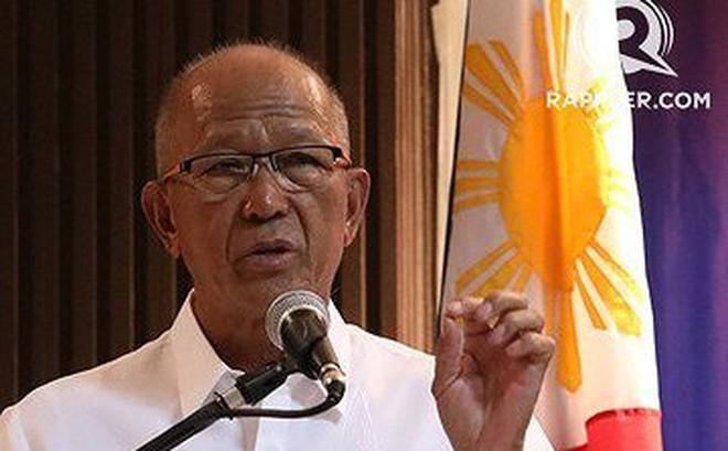 """Bộ trưởng Quốc phòng Philippines bức xúc vì tàu chiến Trung Quốc đi lại """"bí hiểm"""" ở vùng biển Philippines"""