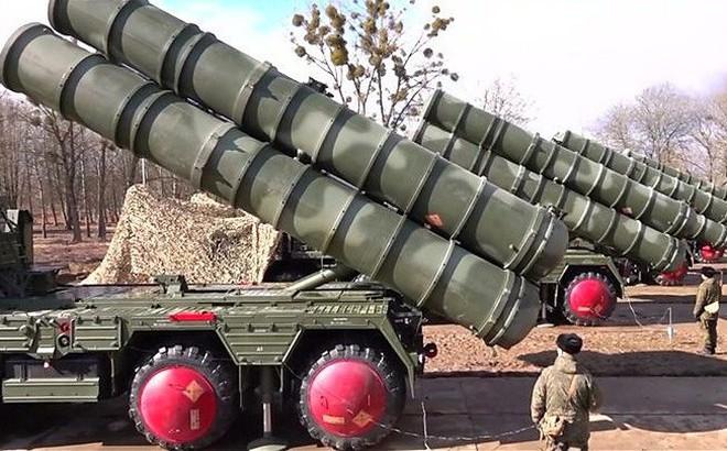 """Vì sao """"rồng lửa"""" S-400 Nga được ưa thích hơn Patriot Mỹ?"""
