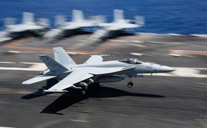 Hàng loạt tiêm kích đắt đỏ Mỹ hư hại vì... hạ cánh trên tàu sân bay