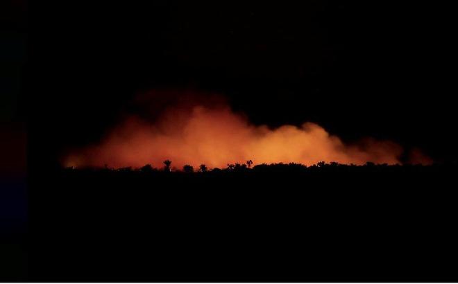 Rừng Amazon cháy lớn, Tổng thống Brazil nói thế giới chớ can thiệp