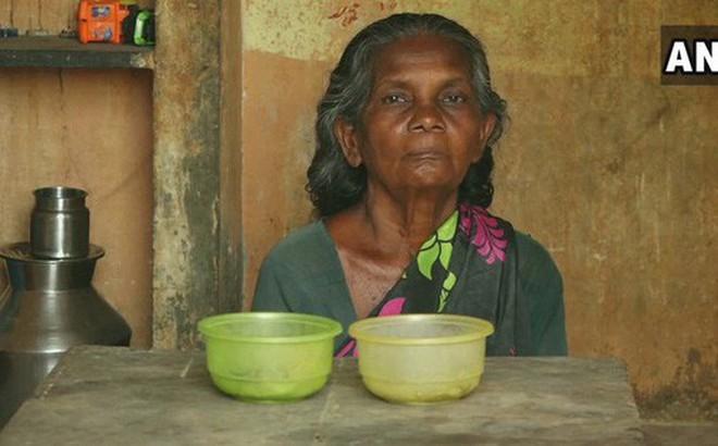 Cụ bà 65 tuổi sống trong nhà vệ sinh công cộng 19 năm