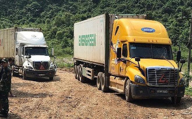 Cao Bằng: Xe kéo nhau, đứt dây xích, tài xế container tử vong