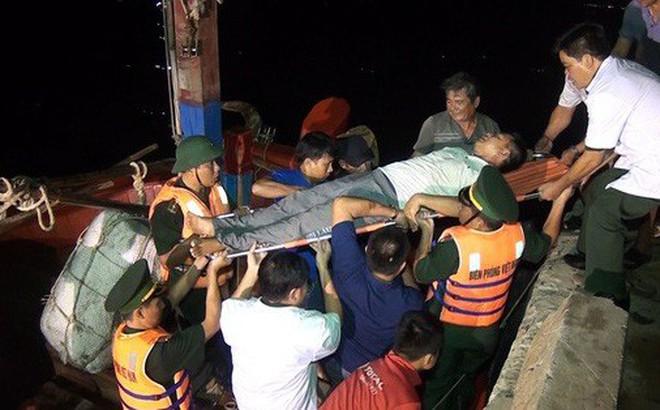 """Hơn 150 tàu cá Quảng Bình nằm trong """"vùng nguy hiểm"""" bão số 4"""