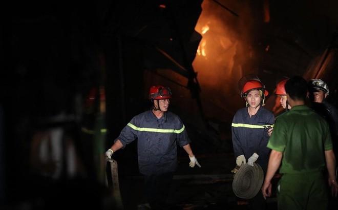 """Hai ngày sau vụ """"bão lửa"""" ở Công ty Rạng Đông: """"Chúng tôi đã trở về nhà"""""""