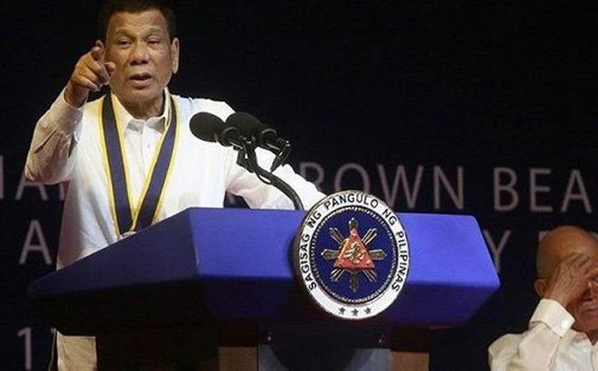 Gặp Chủ tịch Tập, Tổng thống Duterte 'đòi' trừng phạt tàu Trung Quốc đâm chìm tàu cá Philippines