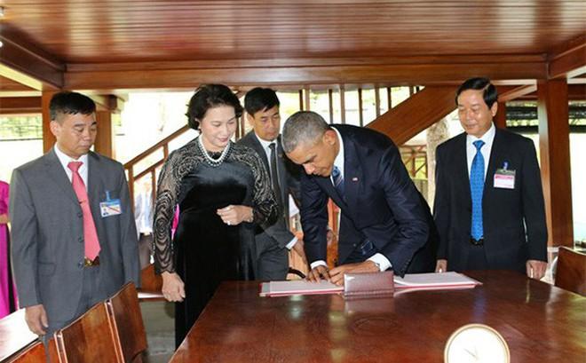 Những dòng cảm tưởng của ông Putin, Obama về Chủ tịch Hồ Chí Minh