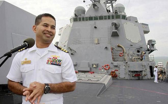 """Các vụ án hối lộ tình dục: Tư lệnh Mỹ điều tàu chiến để được """"tặng"""" gái mại dâm"""