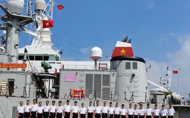 Tàu Hải quân 18 kết thúc chuyến tham gia diễn tập AUMX
