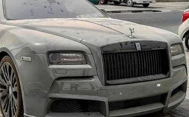 'Choáng' với loạt xe sang Rolls-Royce bỏ xó, phủ bụi của đại gia Dubai