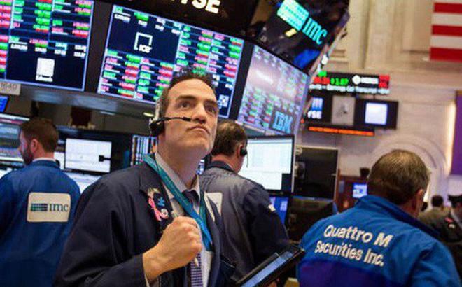 Dow Jones bứt phá hơn 200 điểm, chạm ngưỡng 27.000 điểm lần đầu tiên kể từ tháng 7