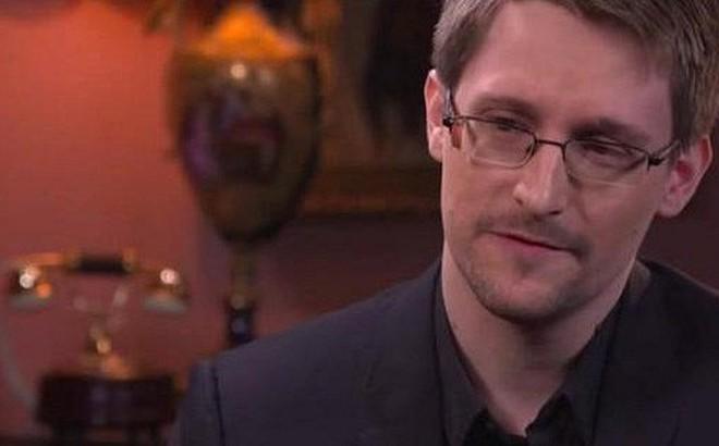 Cựu nhân viên NSA Snowden: Tôi đáng lẽ có suất dự Duyệt binh trên Quảng trường Đỏ