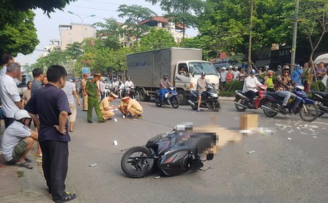 Hà Nội: Va chạm với xe bồn, người đàn ông tử vong tại chỗ sau khi đưa con đi học
