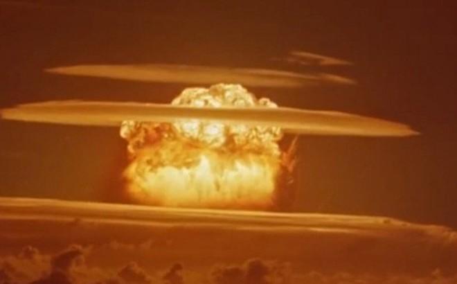 Hơn 1.000 vụ thử vũ khí hạt nhân và cái giá phải trả của nước Mỹ