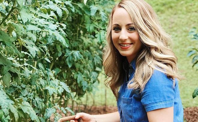 Gặp cô giáo xinh đẹp yêu làm vườn, thích nấu ăn và giấc mơ được trồng rau quả sạch suốt cuộc đời