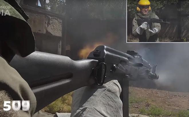"""Nga chứng minh sức mạnh """"đáng gờm"""" của súng trường tấn công AK-74M"""