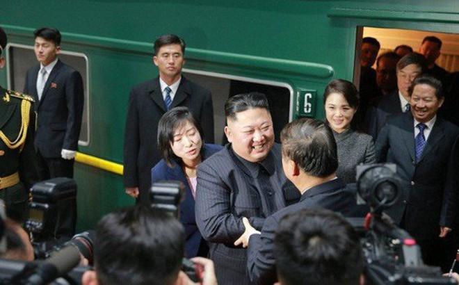 """Ông Kim Jong-un lại chơi """"lá bài Trung Quốc"""""""