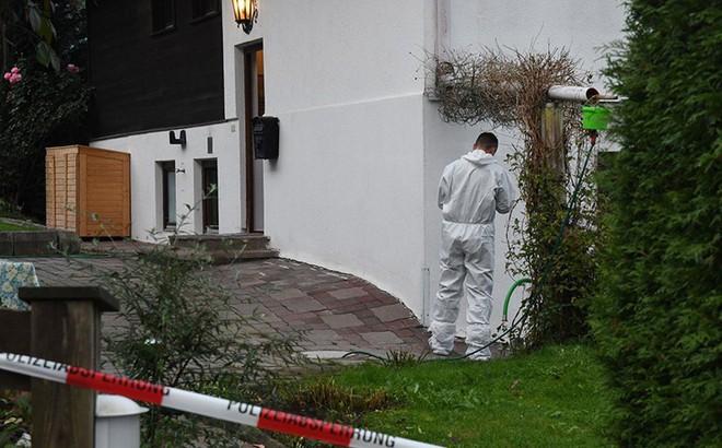 Kitzbühel: Điên cuồng giết cả nhà bạn gái cũ cùng bạn trai mới của cô gái