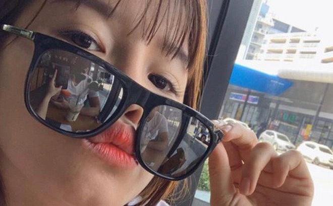 Yến Xuân đáp trả tin đồn lục đục tình cảm với Lâm Tây bằng 1 bức ảnh selfie khoe hạnh phúc mà tinh mắt lắm mới nhìn ra