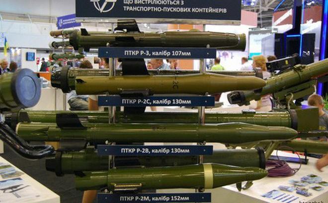 """Tên lửa đa năng mới của Ukraine khiến xe tăng và trực thăng Nga """"không còn đất diễn""""?"""