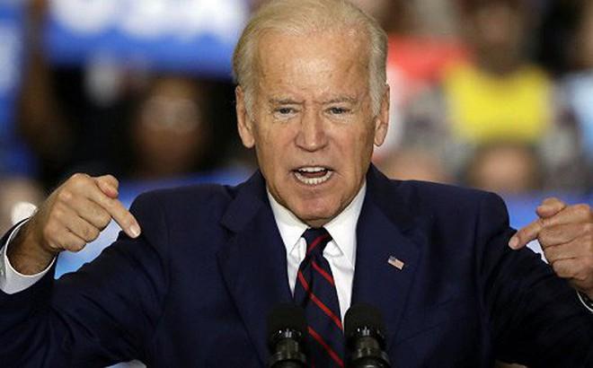 Ông Biden lần đầu kêu gọi luận tội đối thủ, Tổng thống Trump đáp trả gay gắt