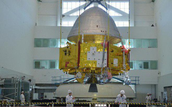 Trung Quốc lần đầu tiên công bố hình ảnh tàu thăm dò sao Hỏa
