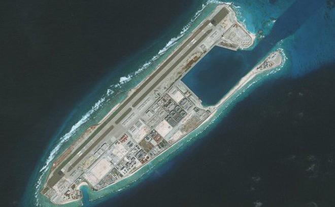 """Ảo vọng """"bàn đạp quân sự"""" trên Biển Đông của Trung Quốc"""
