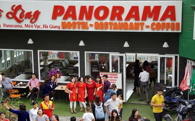 Hàng ngàn du khách 'check in' ở Panorama Mã Pì Lèng giữa lúc đình chỉ hoạt động