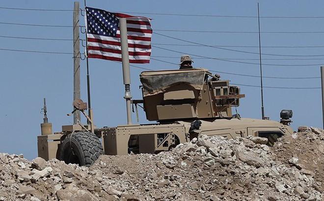 """Không rút toàn bộ quân, TT Trump vẫn muốn có lính """"nằm vùng"""" ở Syria"""