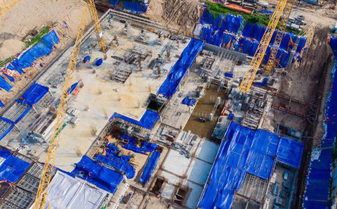"""Toàn cảnh bệnh viện 5 sao 2.000 tỉ đồng xây """"chui"""" sắp bị cưỡng chế"""