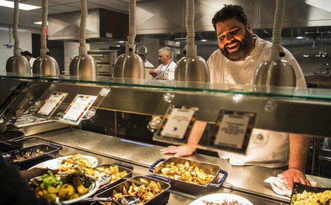 Xem cách Facebook phục vụ đồ ăn 'đỉnh' như nhà hàng thế này, bảo sao nhân viên không chịu ra ngoài cũng dễ hiểu