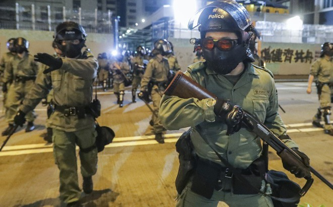 Đối phó biểu tình, Hong Kong thuê thêm 1.000 cảnh sát