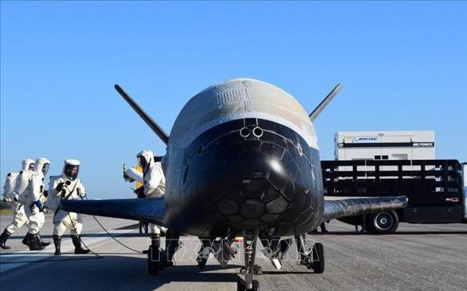 Tàu con thoi mini bí mật của Mỹ kết thúc hành trình nghiên cứu vũ trụ 780 ngày