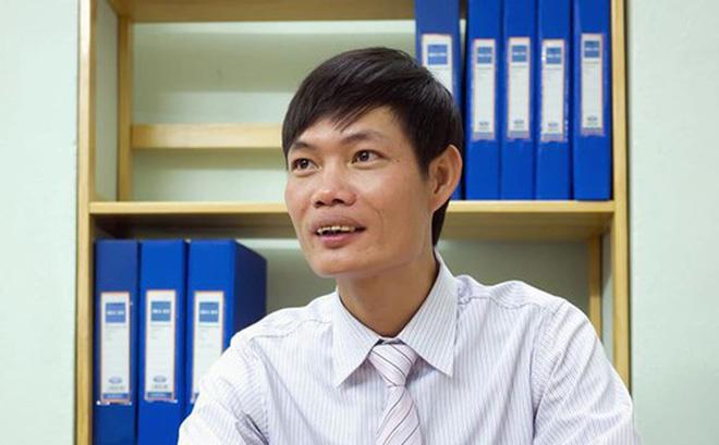 """Kỹ sư Lê Văn Tạch bị tố tự ý sử dụng xe của khách chở khách """"miễn phí"""""""